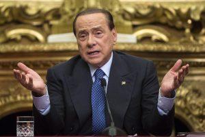Silvio Berlusconi presenta referendum su elezione diretta del capo dello Stato