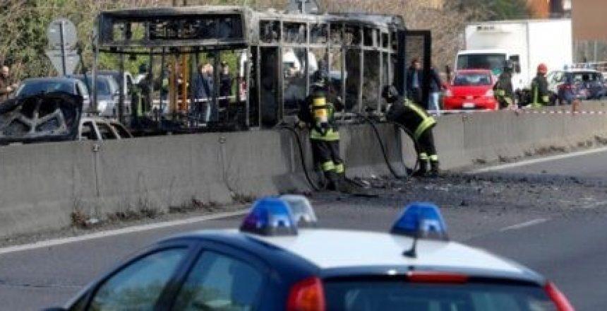 autobus fuoco